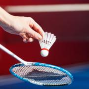 Badminton-Schläger vor dem Abschlag